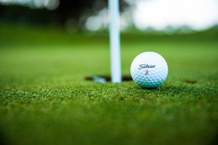 Accessoires de golfeur, découvrez les indispensables