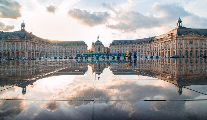 VTC, une alternative intéressante aux taxi à Bordeaux